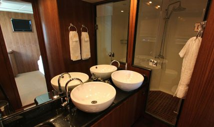 Midas Touch Charter Yacht - 8