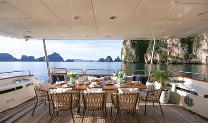 Blosson Charter Yacht - 3