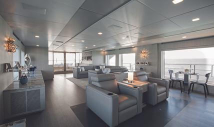 'H Charter Yacht - 8