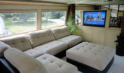 Justine Charter Yacht - 4