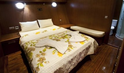 Athen.A Charter Yacht - 8