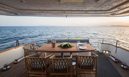 Salty Charter Yacht - 4