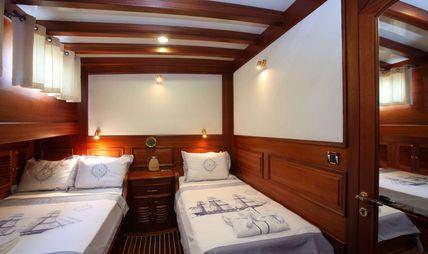 Kaya Guneri IV Charter Yacht - 8
