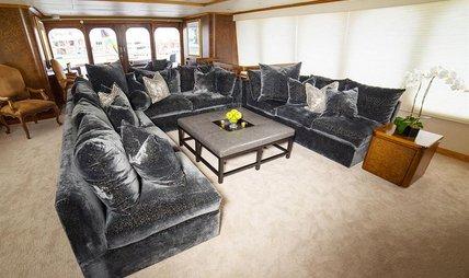 Grand Illusion Charter Yacht - 4