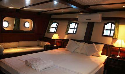 Amazon Solo Charter Yacht - 8