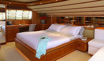 One by One Charter Yacht - 5