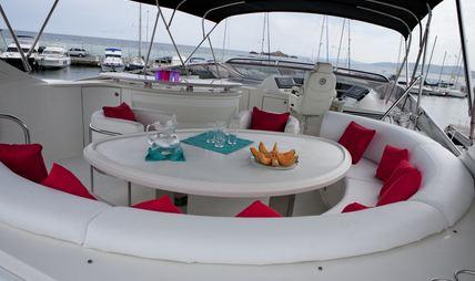 Ludi Charter Yacht - 4