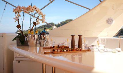 Soho Charter Yacht - 8