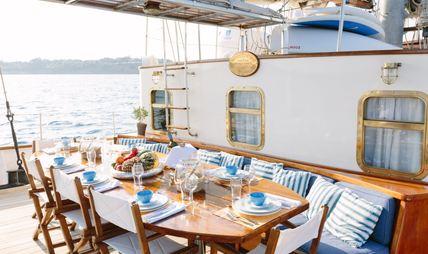 Sir Winston Churchill Charter Yacht - 4