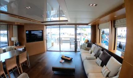 Funky Choice Charter Yacht - 7
