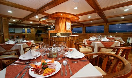 Galaxy Charter Yacht - 2