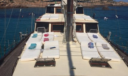 Alissa Charter Yacht - 3