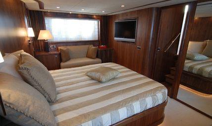 Dolce Vita III Charter Yacht - 6