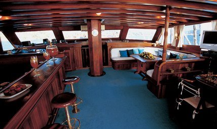 Matina Charter Yacht - 6