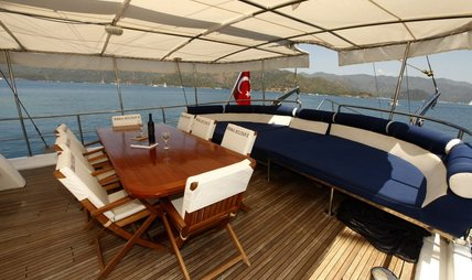 Esma Sultan II Charter Yacht - 4