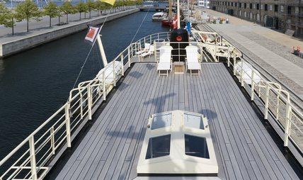 Navigator Charter Yacht - 2