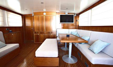 Spoom Charter Yacht - 8