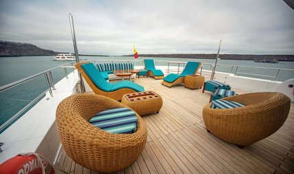 Grand Daphne Charter Yacht - 3