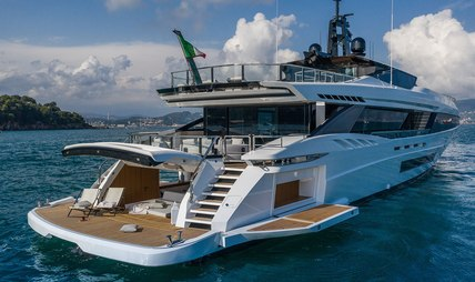 MA Charter Yacht - 5