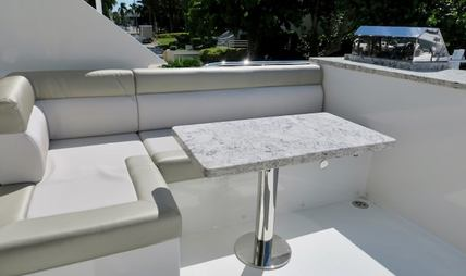 Summer Breeze Charter Yacht - 4