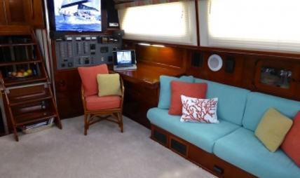 Three Moons Charter Yacht - 4