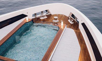 Moanna II Charter Yacht - 2