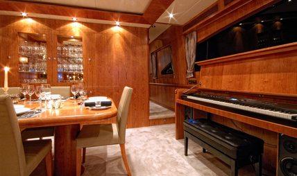 Annabel II Charter Yacht - 8
