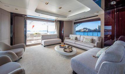 Akama Charter Yacht - 7