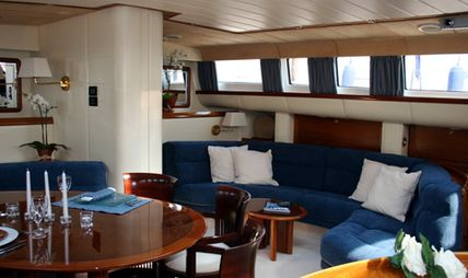 Moonlight II of London Charter Yacht - 6