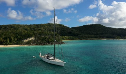 Champagne Hippy Charter Yacht