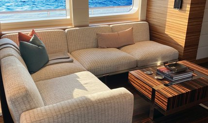 W Charter Yacht - 8