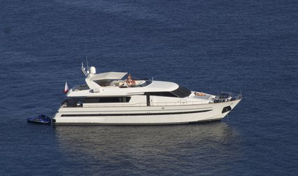 Malifera Charter Yacht