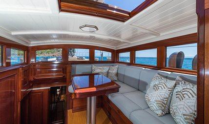 Rainbow Charter Yacht - 6