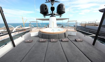 Sud Charter Yacht - 2