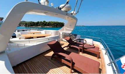 888 Charter Yacht - 3