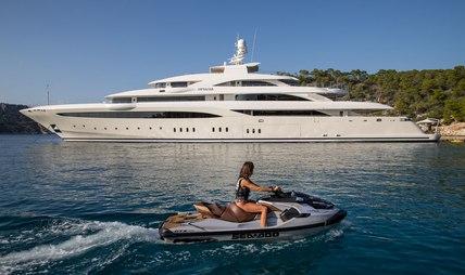 O'Ptasia Charter Yacht
