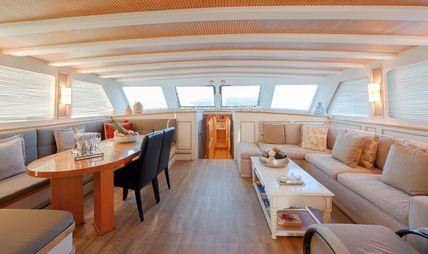 Cobra King Charter Yacht - 8