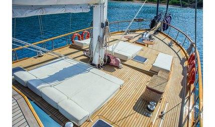 Dea Del Mare Charter Yacht - 3
