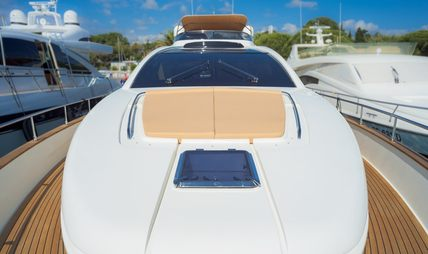 Dolce Mia Charter Yacht - 2