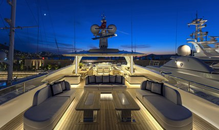 Liquid Sky Charter Yacht - 2