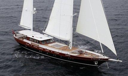 Vay Charter Yacht