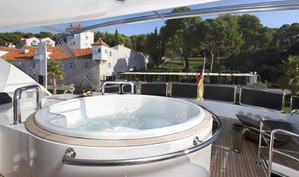 Conte Alberti Charter Yacht - 2