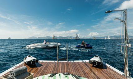 Her Destiny Charter Yacht - 4