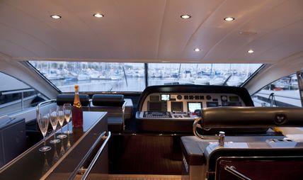 Cristal 1 Charter Yacht - 6