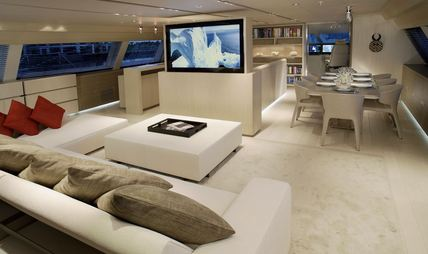 Red Dragon Charter Yacht - 8