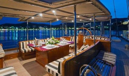 Gweilo Charter Yacht - 4