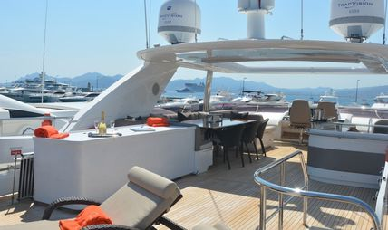 Lady Beatrice Charter Yacht - 3