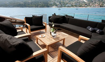 Griffin Charter Yacht - 4