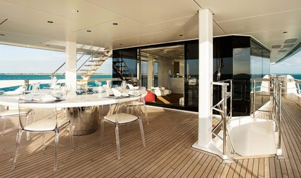 Home Charter Yacht - 4