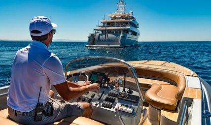 Rarity Charter Yacht - 5